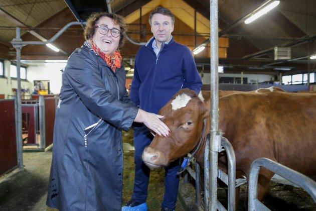 UTEN TILTAK?: Landbruksminister Olaug Bollestad og bondeleder Lars Petter Bartnes famler med tiltak for å styrke norsk grovfôrproduksjon.