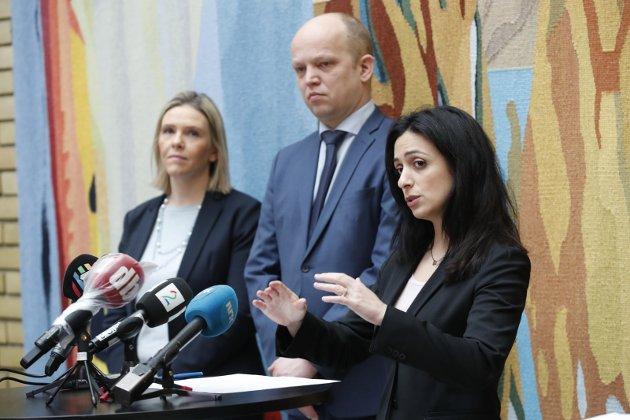 KRISEPAKKE: Sylvi Listhaug (Frp), Trygve Slagsvold Vedum (Sp) og Hadia Tajik (Ap) bidro til å få fram en bredere og bedre forankret krisepakke.