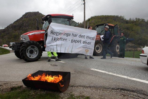 Spetakkel: Det er opprørsstemning blant bønder. Det var det også i 2012.Foto: NTB