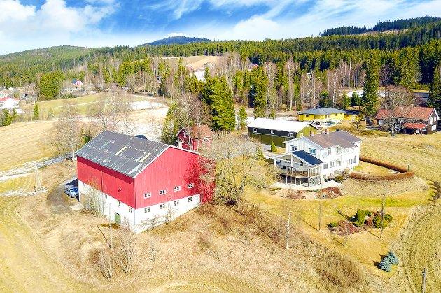 SØNDRE ÅLSVEG 745 OG 743: er solgt for 6.100.000 kroner.