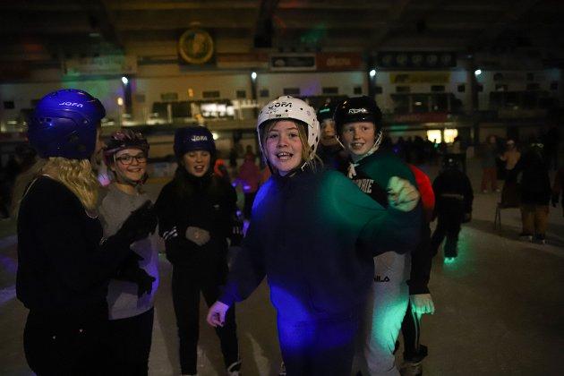 Fra venstre: Natali Steen-Moi, Julie Freden, Emma Lykke Hovind-Korsæth, Celine Arnesen, Tea Walderhaug og Angelica Alexandersen