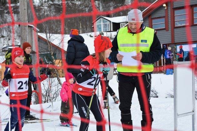 Ella Tjøstheim frå Suldal IL klar til start. Ho fullførte på 04:53.9.