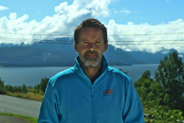Bjarte Helland er nestleder Industri- og næringspartiet (INP)