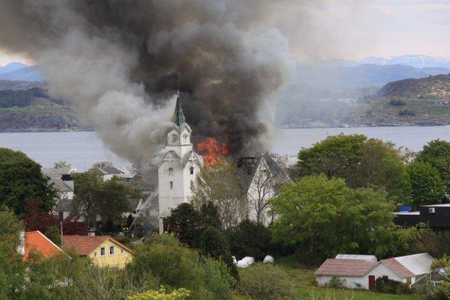Brann, Kopervik kirke, 28. mai 2010.