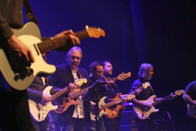 Wonderful tonight - en hyllest til Eric Clapton, med Helgeland gutarunion Stein Ivar Mortensen