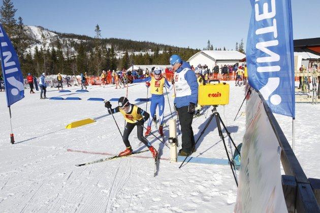 Første dag i NNM på Sjåmoen fredag. Fristil korte distanser. Førstemann ut i NNM William Ramsland Narvik SK