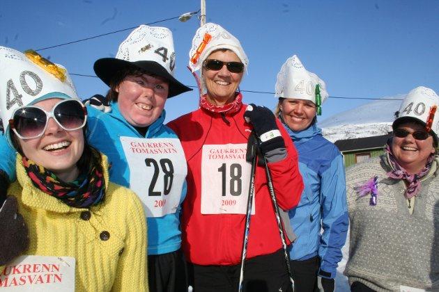 Gaukrenn på Tomasvatn, påsken 2009. Marthe Næstby, Kjersti Næstby, Rigmor Næstby, Trine Bukten og Næstby