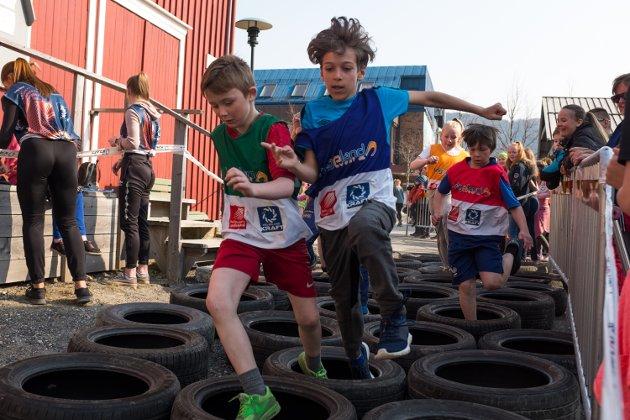 Elever fra 4. til 7. trinn i Vefsn, Grane, Hattfjelldal, Leirfjord og Korgen var invitert til å delta på skolesprinten i forbindelse med at Bysprinten går av stabelen i Mosjøen.