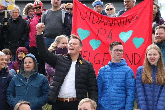 Det var ikke bare sykehusprosessen som fikk oppmerksomhet. Det ble også protestert mot  nedleggingen av Høgskolen på Nesna.