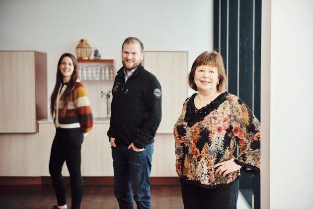 Trine Fagervik, fylkesleder i Nordland Senterparti, stortingsrepresentanter Willfred Nordlund og Siv Mossleth.