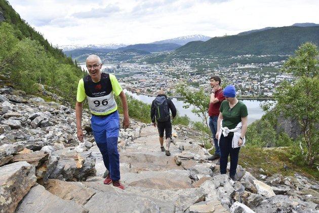 Slik var det i fjor da trappeløpet ble arrangert for første gang.