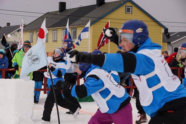 Kirkenes skole sneballklubb.  Yukigassen 2016 i Vardø. Den store snøballkrigen samlet over 30 lag fra Norge, Finland og Russland i sitt 20-årsjubileum i helga.
