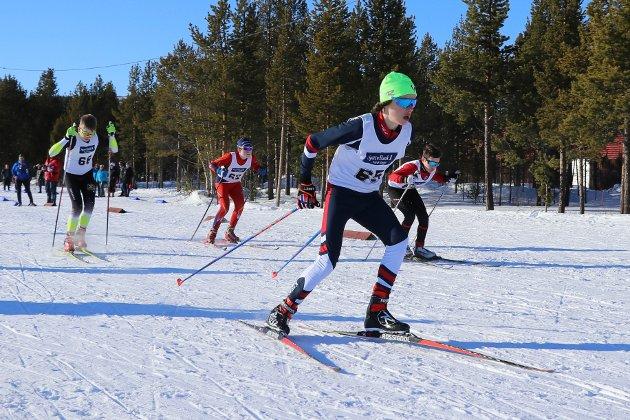 Kyrill Emil Lind-Hansen (14) fra KOS tok tidlig ledelse i sprintfinalen i sin klasse. En ledelse som holdt helt inn til mål.