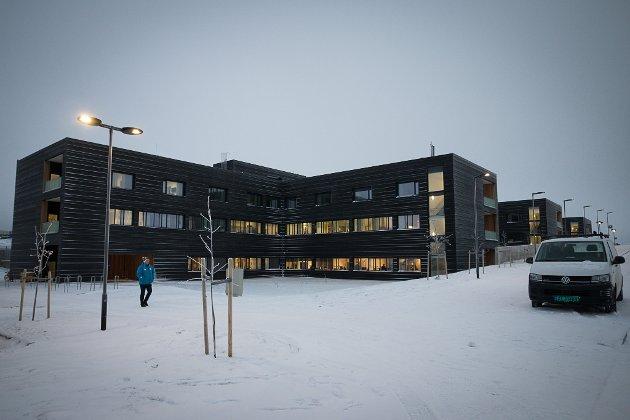 BEKYMRINGER: Mange ansatte har uttrykt bekymring for situasjonen ved Kirkenes sykehus. Det er på tide at flere lytter til dem, mener ansvarlig redaktør Anniken Renslo Sandvik i Finnmarken.
