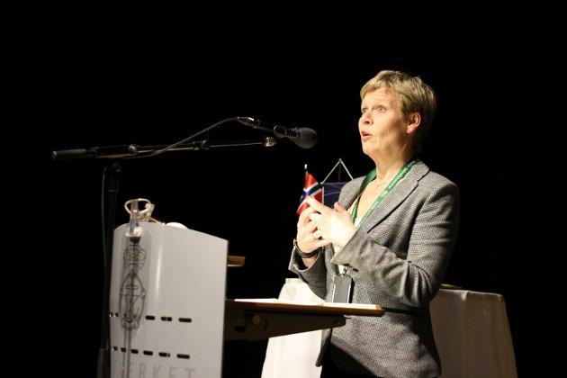 HELT VANLIG: Fiskeridirektør Liv Holmefjord opplyser at maksimalkvoter med overreglering er en helt vanlig måte å regulere et fiskeri på.