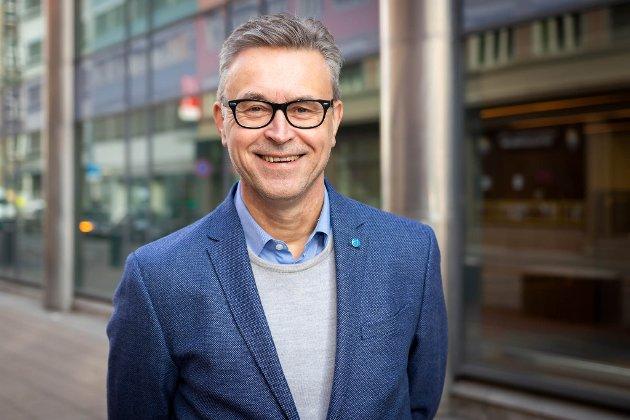 Bilder av fiskeri- og sjømatminister Odd Emil Ingebrigtsen