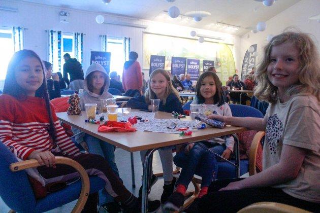 Mira (11,5), Elen (8), Irmelin (9), Madeline (8,5)