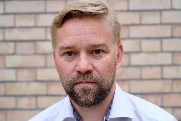 Portrett av partisekretær Audun Herning, SV