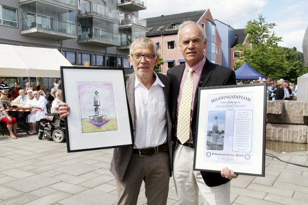2016: Jan Gunnar Flannum (t.v.) fikk Æresnysgjerrig og diplom fra Rotaryklubbens president Svein Otto Schjerven. Arkivfoto: Pål Nordby