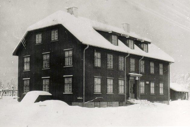 Herredshuset fra 1934: Dette huset skal ikke selges i følge vedtaket som ble fattet i kommunestyret 20. oktober.