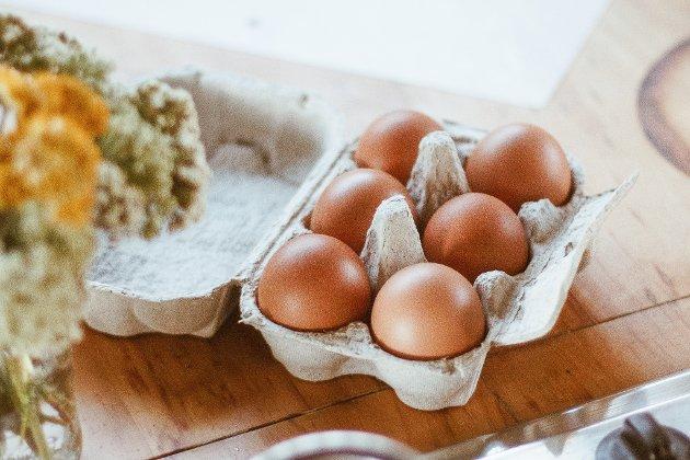 Påskeegg: Mange egg blir spist i påsken, men mange blir også kastet. Helt unødvendig. Foto: Too Good To Go