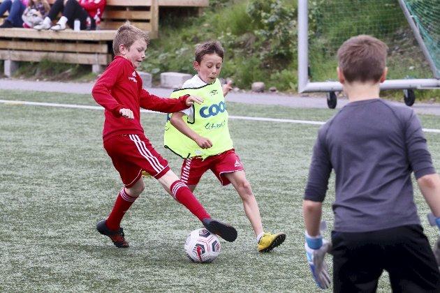 Lyst på fotball? Ja, det har veldig mange, og det skal bare et lite puff til. Foto: Pål Nordby