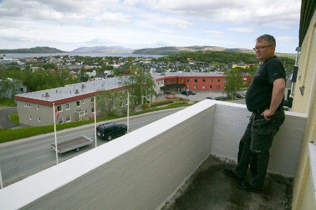 UTSIKT: Utsiktene fra ett av rommene i tredje etasje. Tonny Nilsen sier at det knapt finnes bedre,
