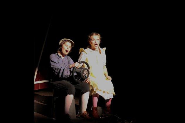 Åsen barne- og ungdomsteaters premiere i Musikkteatret på forestillingen «Chitty Chitty bang bang jr.» Foto: Stine Ljungquist Knudsen