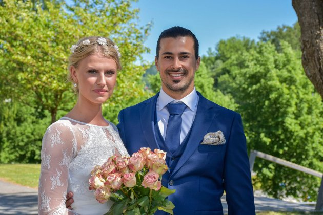 Victoria Myhren og Lidor Shachar vies på Haugestad av ordfører Gunn Cecilie Ringdal