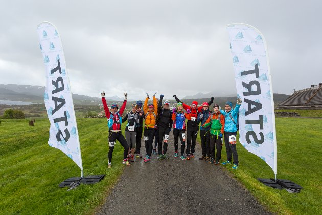 Deltakerne i 50 miles løpet var klokken 0900 lørdag klare til start ved Vikingmuseet..