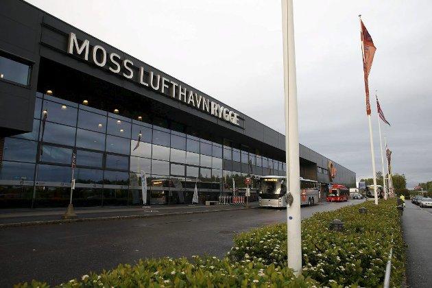 PÅ OPPLØPSSIDEN: Moss lufthavn Rygge stenger 1. november, men skal fortsatt ha beredskap, blant annet for Forsvaret.
