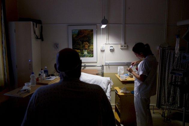 Sykepleiere av begge kjønn har samme lønn.