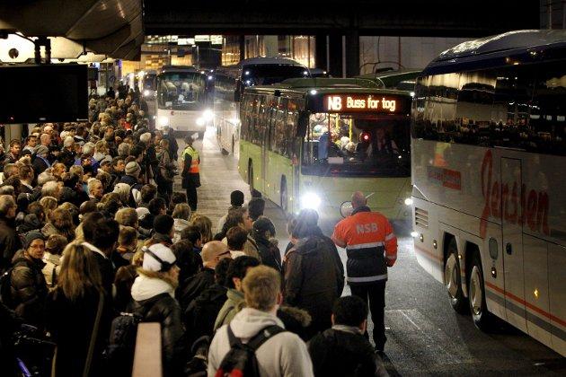 Bussen: Ungdommen skal få være unge litt lengre for å nyte godt av kollektivtilbudets prisnivå.