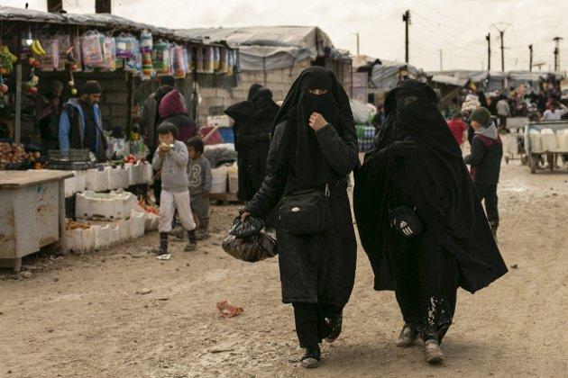 Snart nyttår: Dagen kronikkforfatter påpeker menneskets verdi, både som individ og ressurs, men også som ofre for all verdens elendighet. Bildet er fra al Hol-leiren i Syria. foto: Scanpix