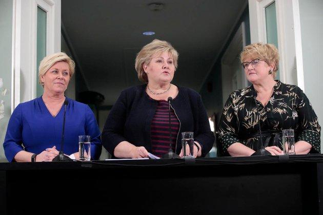 VANSKELIGERE Å INNVANDRE: Partilederne Erna Solberg (H), Siv Jensen (Frp) og Trine Skei Grande (V) er enige om å gjøre det vanskeligere å innvandre, men lettere å bli integrert.