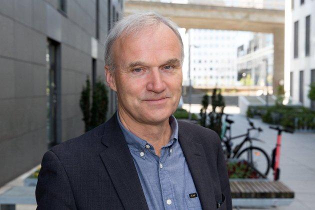Avtroppende konsernsjef i Vy, Geir Isaksen, går over i en rådgiverstilling som gir ham mer enn dobbelt så mye i lønn som statsminister Erna Solberg.