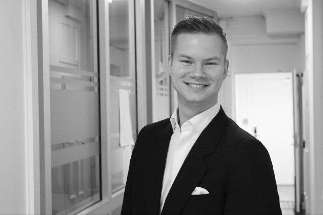 Vi i Fremskrittspartiet ønsker å integrere tannlegene inn i helsesektoren, og på den måten få langt billigere tanntjenester, skriver Adrian Smith-Stenberg.