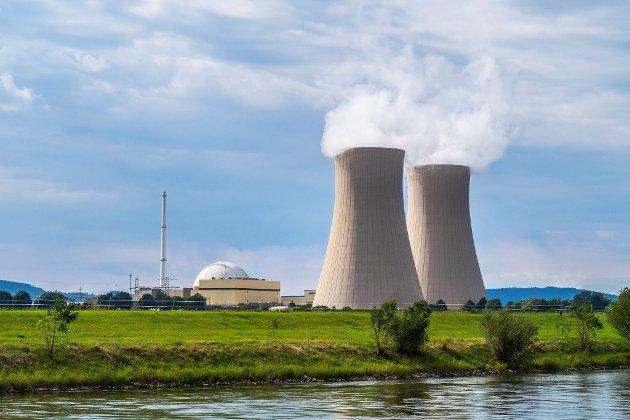 Kjernekraft er fremtiden, mener debattforfatteren. Illustrasjonsfoto av atomkraftverket Grohnde ved Emmerthal nordvest i Tyskland.