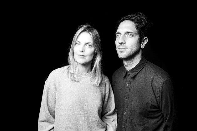 Vokalisten Lauren Kinsella og tangentøren og produsenten Chris Hyson har skapt sitt eget spennende univers.