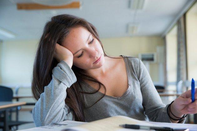 – Det er ikke rart at motivasjonen blant elever er på bunnivå!, skriver Kornelius Vold.