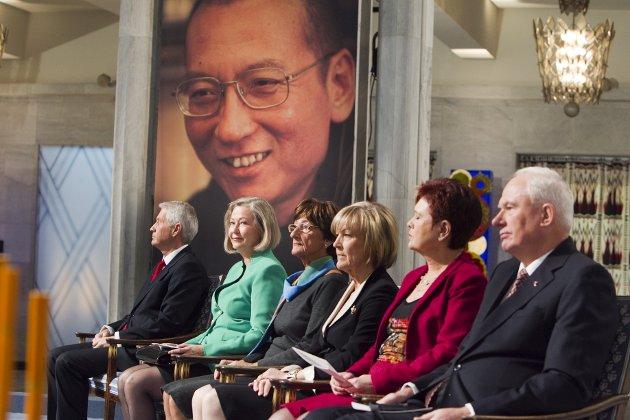 – Kina boikottet Norge etter at menneskerettighetsaktivisten Liu Xiaobo ble tildelt Nobels fredspris i 2010. Hva skjer neste gang Norge ikke føyer seg for Kina?spør Mathias Opdal Weseth.