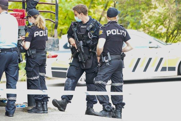 – Det er vesentlig å se på hvor mange operative politifolk som finst i politiet nå sammenlignet med før nærpolitireforma.Kontorjobber er jo noe anna, skriver Jenny Klinge (Sp). (Illustrasjonsfoto).