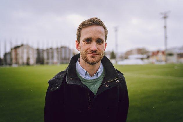 Sportsjournalist i Nidaros, Simen Pedersen.