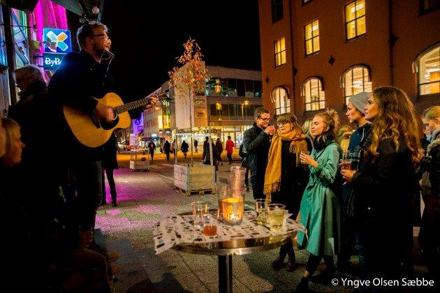Jeg er tilfreds med at kommunen har klart å kjempe seg fram til et hederlig resultat for kulturen i Tromsø, et resultat som er så bra at det kjennes som en seier, skriver Arne-Wilhelm Theodorsen. Bildet er fra Kulturnatt 2016.
