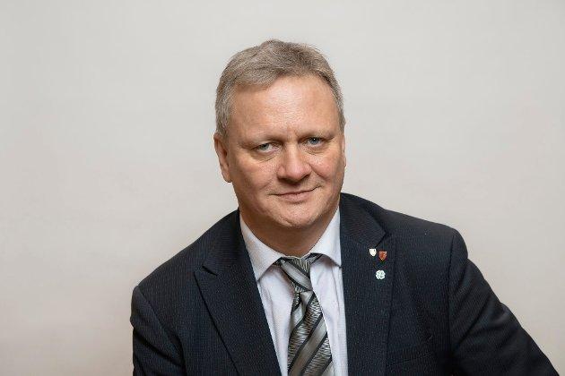 Ivar B. Prestbakmo (Sp), fylkesordfører i Troms og Finnmark, 2 kandidat til stortingsvalget i Troms.