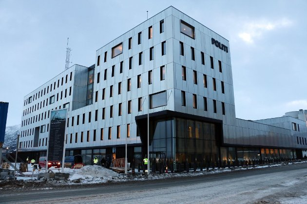 Forslag om nye omorganiseringer i politiet i Troms skaper frykt for at det nok en gang betyr sentralisering til Tromsø (bildet) og Harstad.