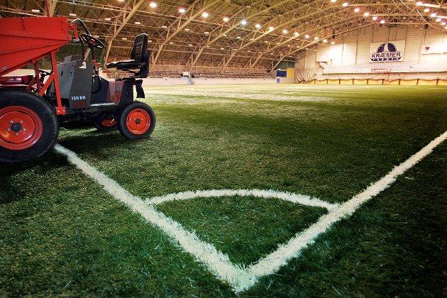 Vi vil anbefale at NIF foreslår en trafikklysordning for idretten liknende som for skoleverket. Det vil da kunne bli mer forutsigbare regler for idretten i de områder og perioder det eventuelt skjer lokale smitteutbrudd, skriver Troms og Finnmark idrettskrets i brev til Norges idrettsforbund.