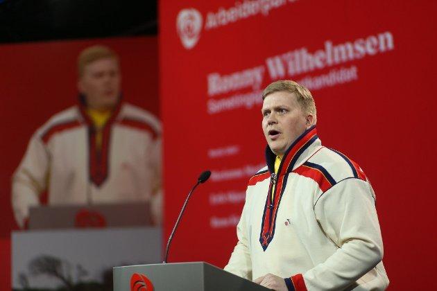 Artikkelforfatter Ronny Wilhelmsen taler til APs landsmøte