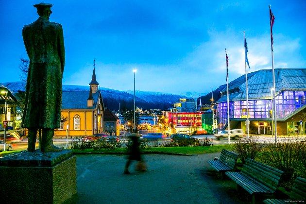 TAKK for trettiseks spennende år med deg, kjære, vakre byen min! Du har gitt meg minner for livet. Hjertet mitt har æ fortsatt i Tromsø! skriver Inger-Johanne Mørkved.