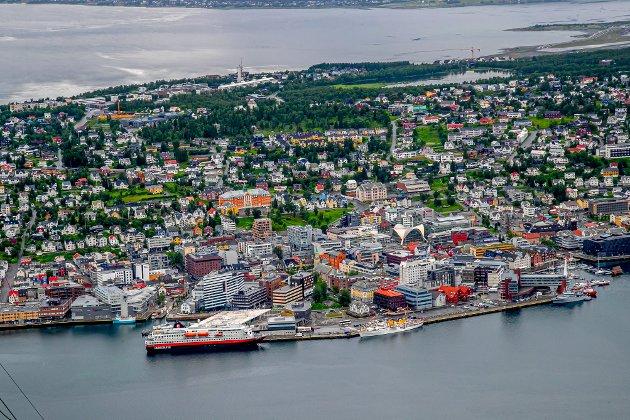 God urban politikk i Nord-Norge er en god distriktspolitikk - det bør velgerne i hele landsdelen også være klare over.Det blir ikke flere folk i Lenvik om Tromsøs rolle som ledende by i nord svekkes - tvert imot.